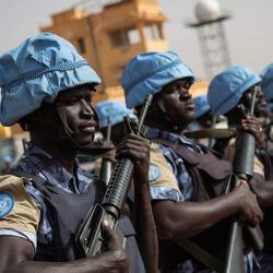 600 casques bleus africains en renfort des unités de CRS contre les Gilets Jaunes ce samedi à Paris