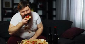 """Les obèses ne toucheront plus le RSA : """"on aide ceux qui ont faim"""" se justifie le gouvernement"""