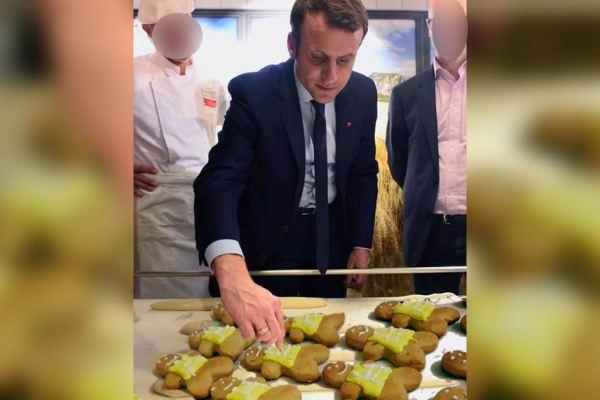 Macron distribuera des biscuits aux Gilets Jaunes ce samedi à Paris
