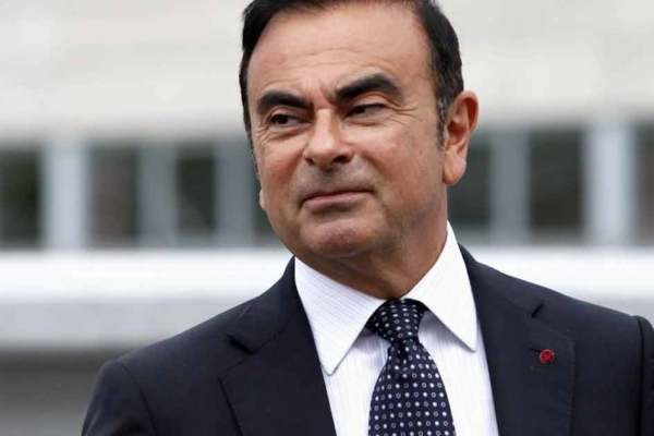 Carlos Ghosn nommé à la Légion d'Honneur pour son excellent travail chez Renault/Nissan depuis 20 ans