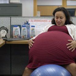 GPA : une mère porteuse enceinte de 12 bébés pour 12 couples différents