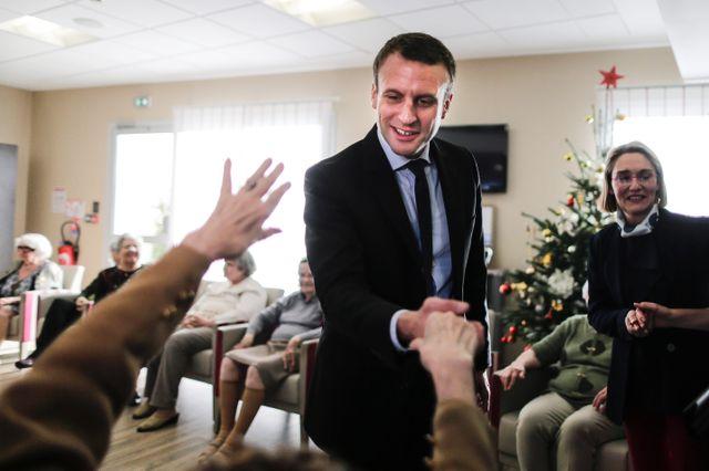 macron-ehpad Brigitte Macron placée en Ehpad pendant la canicule