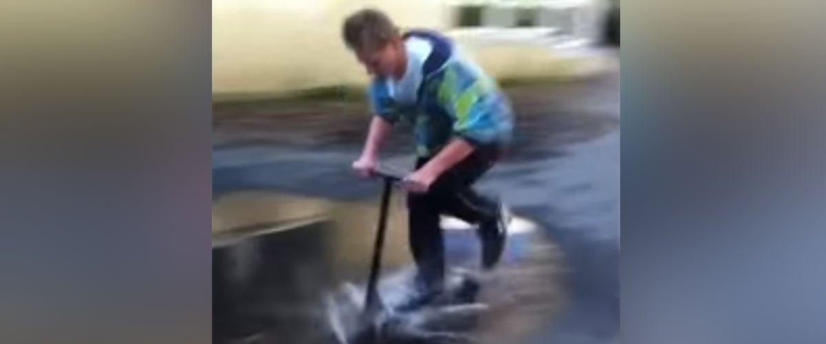 Trottinette électrique : il meurt électrocuté en traversant une flaque d'eau