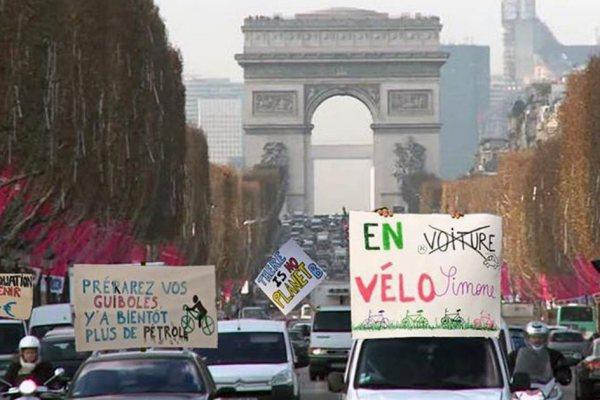 La prochaine marche pour le climat se fera en voiture, pour gagner en visibilité