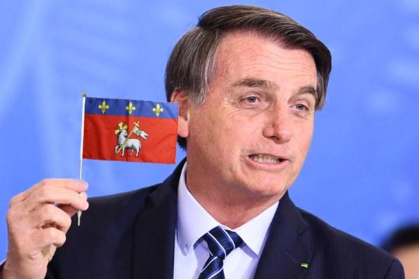 Rouen : Bolsonaro demande à Macron de sauver le poumon de la Seine-Maritime