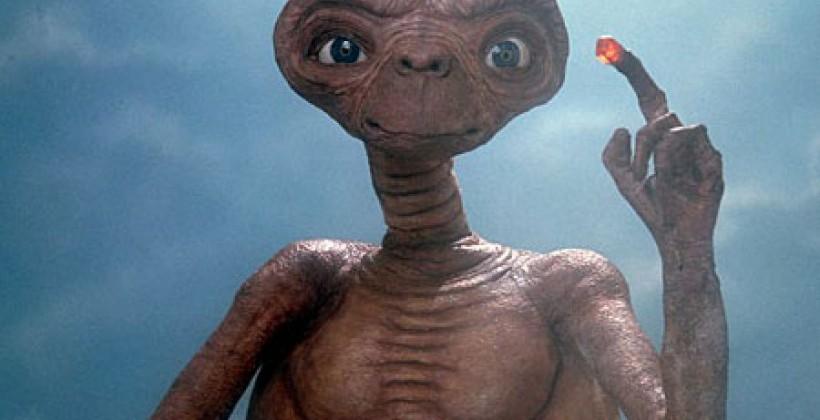 e.t-1 Le RN veut que Netflix retire E.T. car c'est l'apologie du voile et de l'immigration clandestine