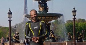 Edouard Philippe cherche les pièces dans les fontaines pour financer les retraites