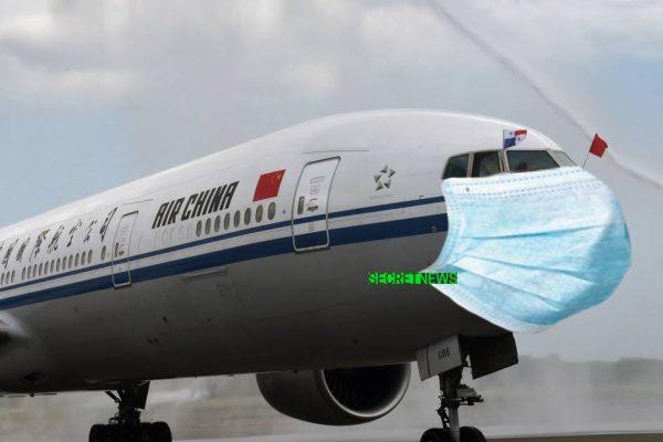 Coronavirus : les avions en provenance de Chine doivent porter un masque