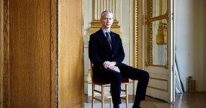 Grâce au Coronavirus, les Français découvrent qu'ils ont un ministre de la Culture