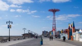 Coney_Island_Boardwalk_portada