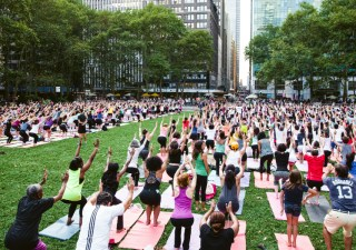 Bryant Park Yoga - Photo by Angelito Jusay (1)
