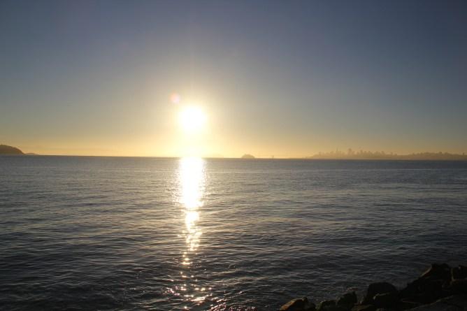 Sunrise on Bridgeway 10-29-15 9998
