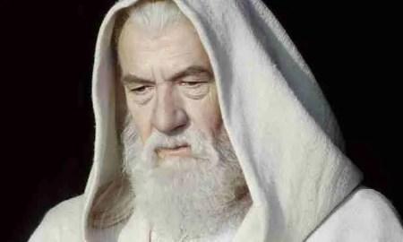 Gandalf rememora sus aventuras en El Señor de los Anillos durante esta entrevista.