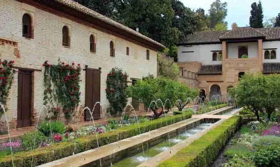 Granada, territorio para la poesía