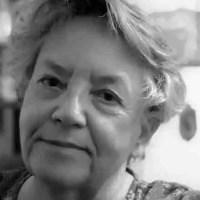 """Josefina Martos: """"Existe un mundo de sombras, quizá desesperadas, pero complementarias de la luz"""""""