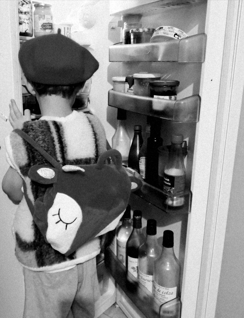 oh un lutin dans mon frigo !