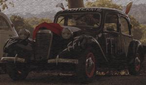 Une voiture aux couleurs de la Résistance Française d'Aix-en-Provence
