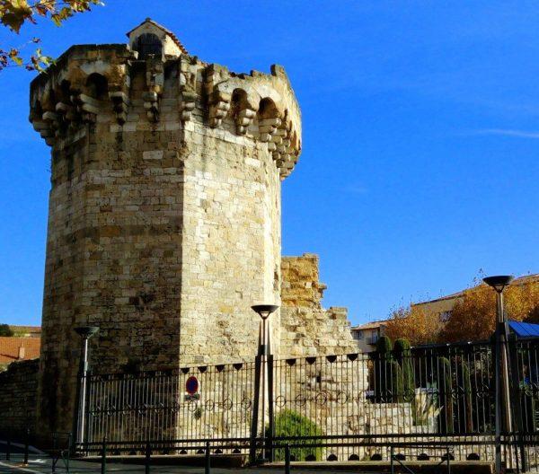 la Tourreluque du rempart de la ville d'Aix