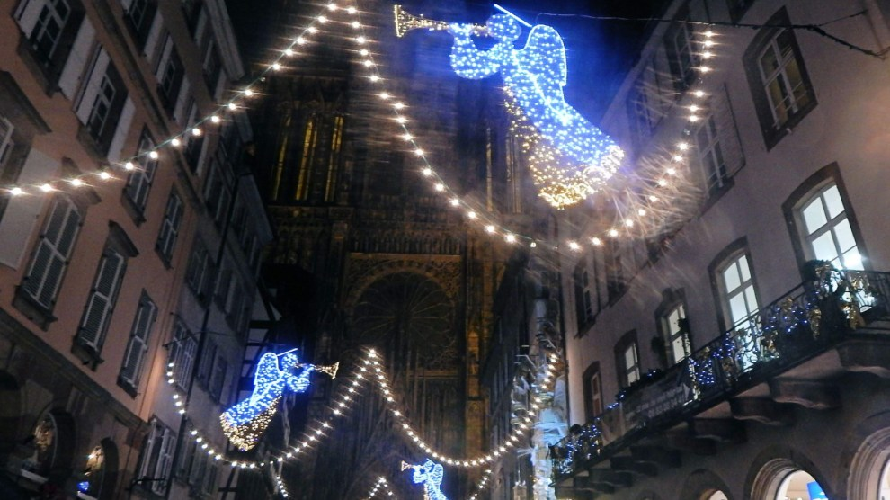 Holiday lights at the Strasbourg Cathedral