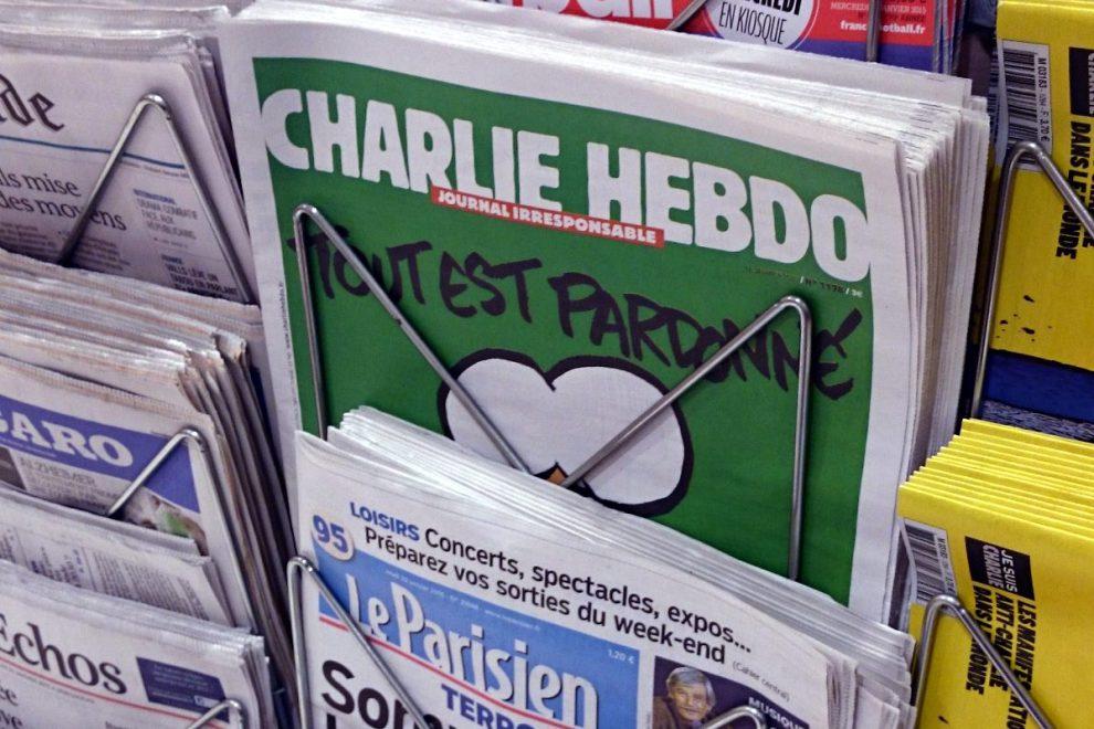 Charlie Habdo on newsstand