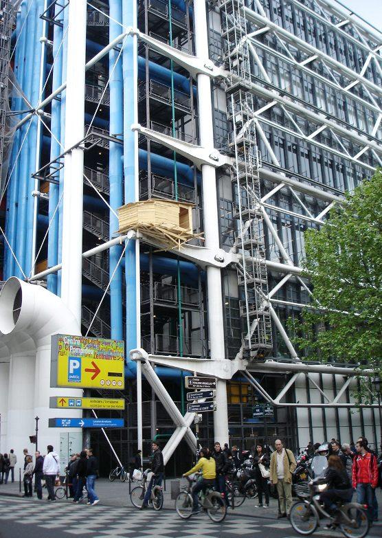 Pompidou treehouse