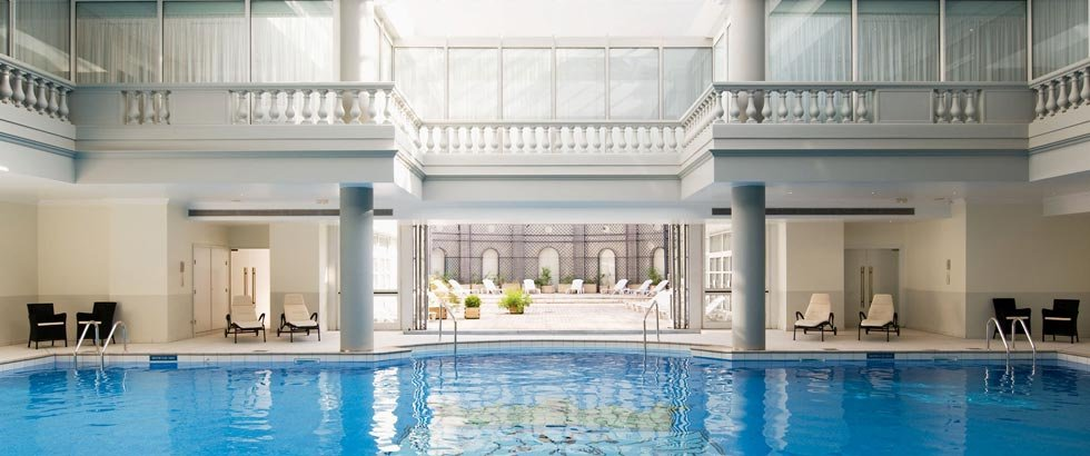 Trianon Palace Versailles Pool