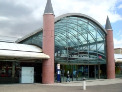 Disneyland Paris train station