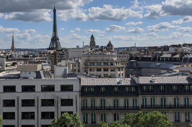 Eiffel skyline
