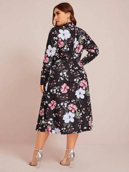 Sukienka Ołówkowa w Kwiaty Plus Size Midi