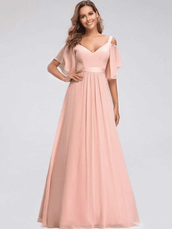 Secret Wish Boutique Sukienka Długa Brzoskwiniowa Rozkloszowana z Odsłoniętym Dekoltem Maxi_02