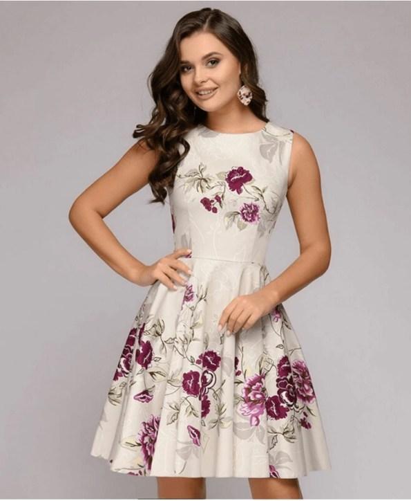 Secret Wish Boutique Sukienka Ecru Beżowa Rozkloszowana w Kwiaty Bez Rękawów Mini