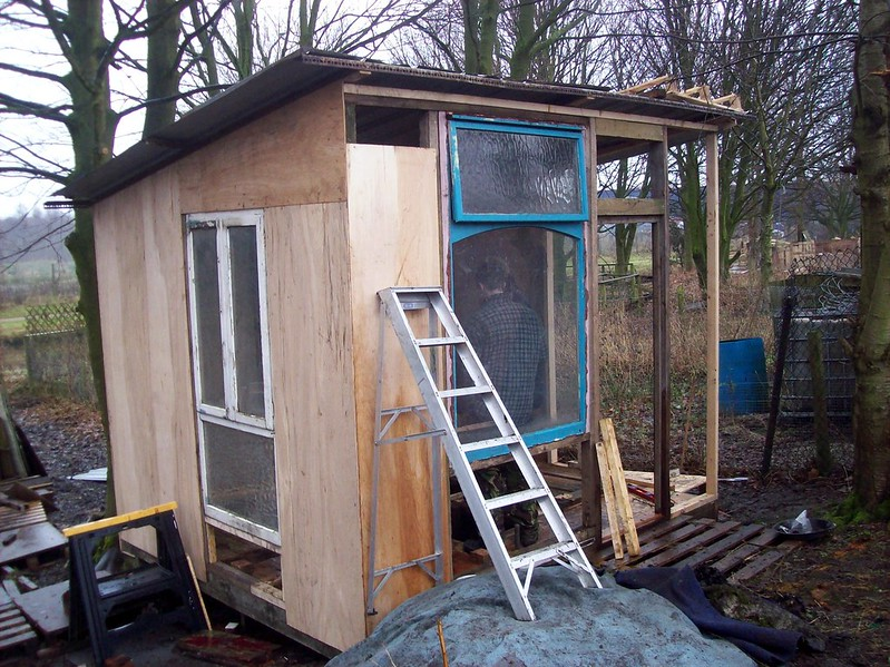 Building a shed professionally on your own