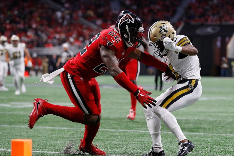 Keanu Neal missing a tackle