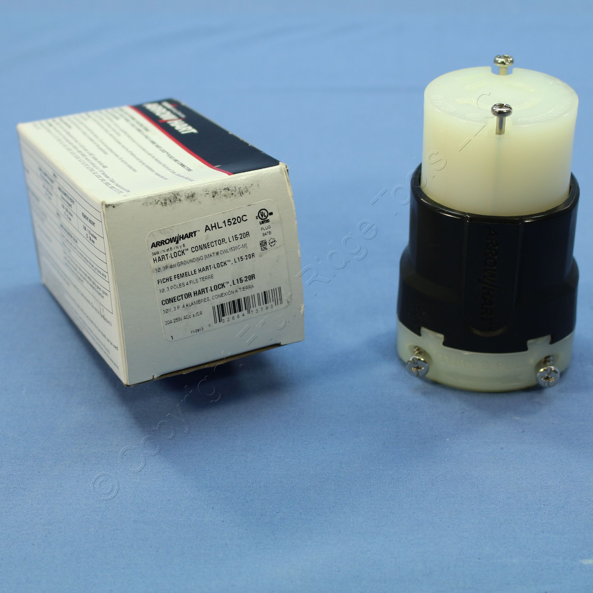 hight resolution of cooper arrow hart twist locking connector plug nema l15 20r 20a 250v ahl1520c