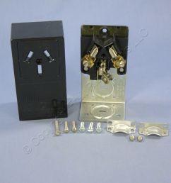 shop leviton range dryer 10 50 surface mount receptacle outlet nema 10  [ 1504 x 1504 Pixel ]