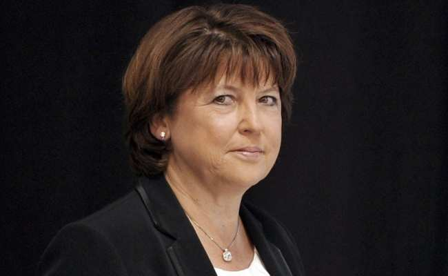 Francois Hollande Chooses First Cabinet As Martine Aubry