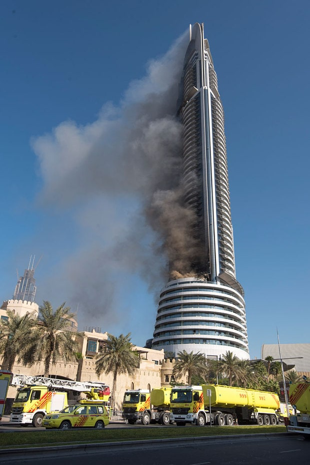 Huge Skyscaper Fire In Dubai Near New Year S Eve Fireworks
