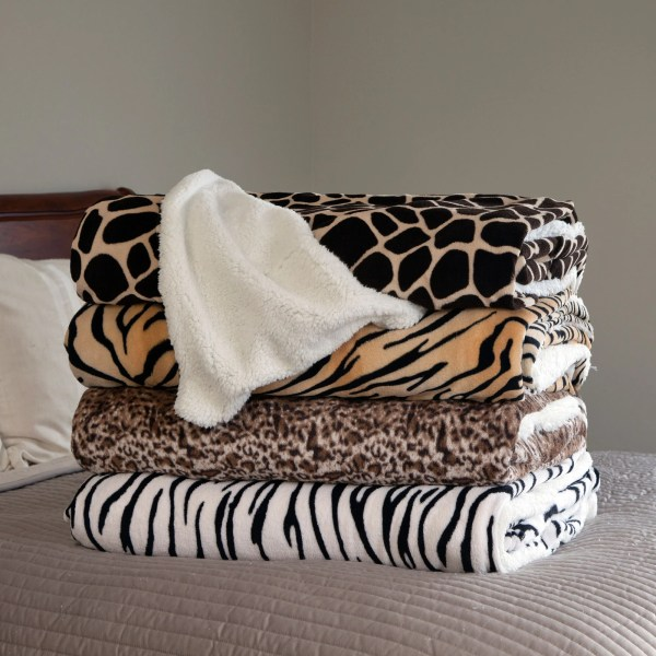 Lavish Home Mink Blanket &