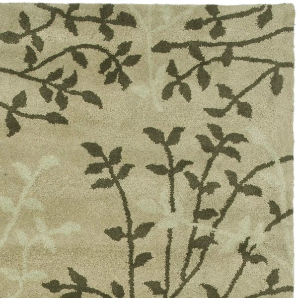Safavieh Soho Green Floral Area Rug &