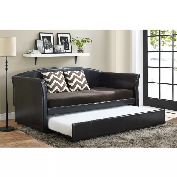Dhp Halle Daybed With Trundle &