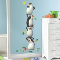 Room Mates Popular Characters Penquins of Madagascar Giant ...