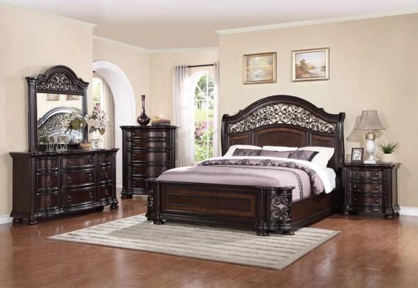 Fleur De Lis Living Winkelman King Panel 4 Piece Bedroom Set &