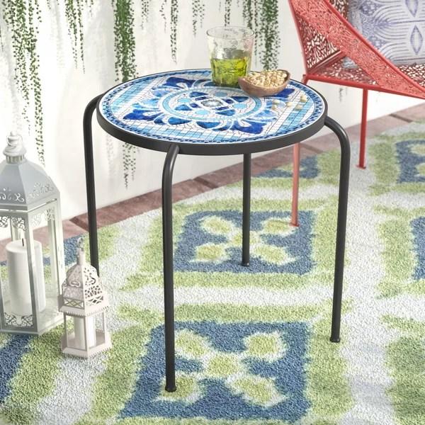 outdoor concrete round table
