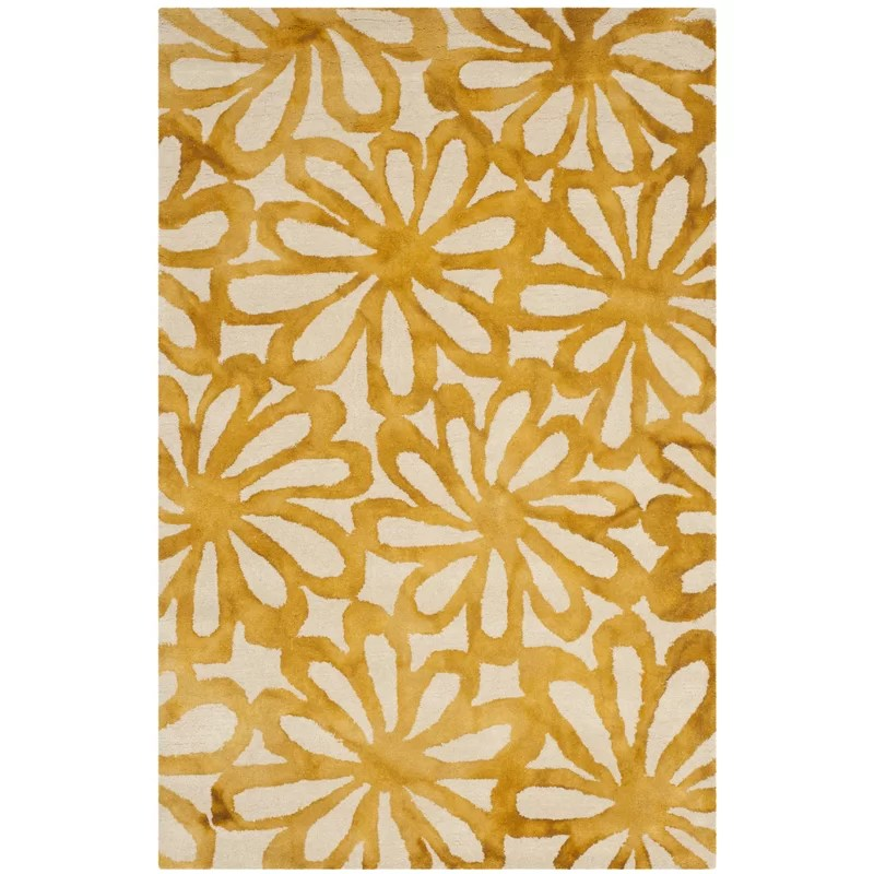 Hand-Tufted Wool Beige/Gold Area Rug Rug Size: Rectangle 4 x 6