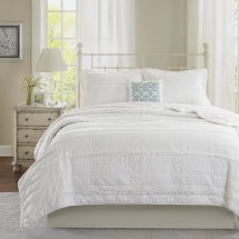Lark Manor Bridget 4 Piece Reversible Coverlet Set