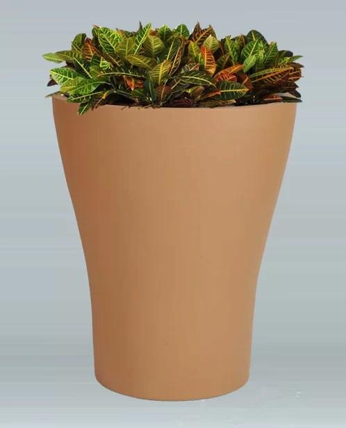 Tulip Plastic Pot Planter Color: Charcoal