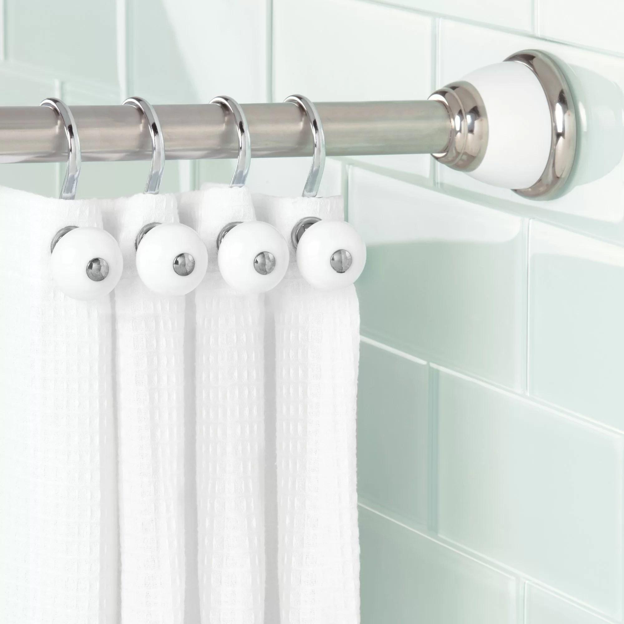 في يوم عطلة الغرور العاهل shower