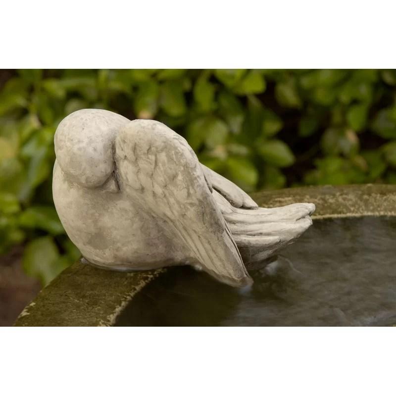 Bathing Bird Statue Color: Verde