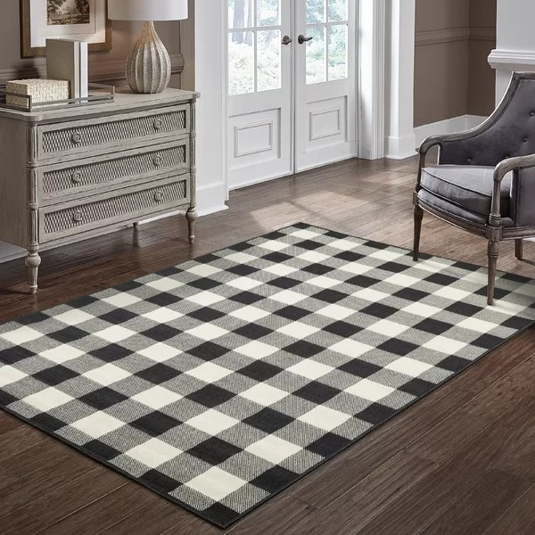 Example of a rug from Wayfair