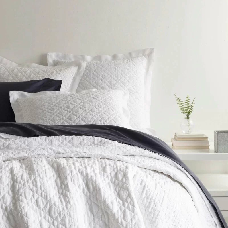 washed linen single reversible quilt